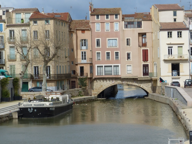 The canal weaves through Narbonne too