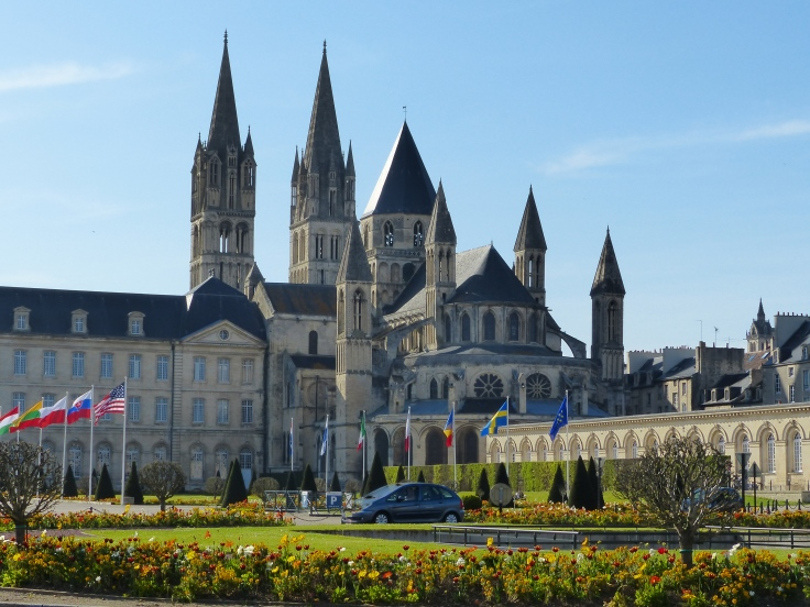 A short ride through Caen