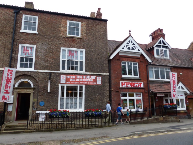 """Skeldale House"" on the left, James Herriot's home and vet's practice, now the museum."