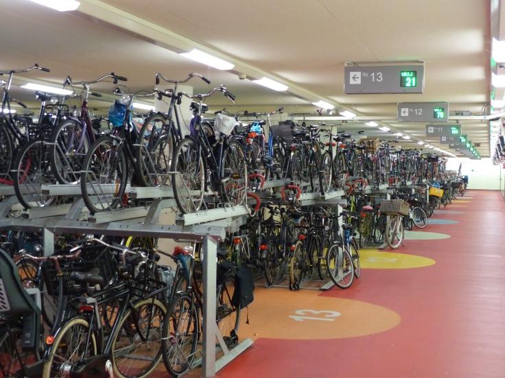 Multi-storey parking, Dutch style