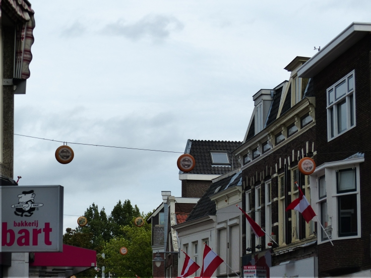 Wheels of Gouda cheese as street decorations!