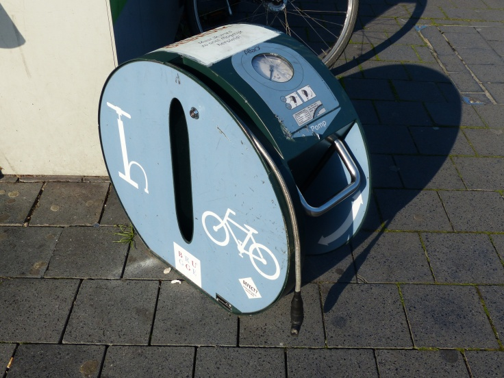 We saw a few of these public bicycle tyre pumps around - a cycle friendly city!