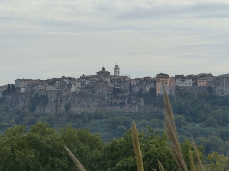 The cliff top town of Orte