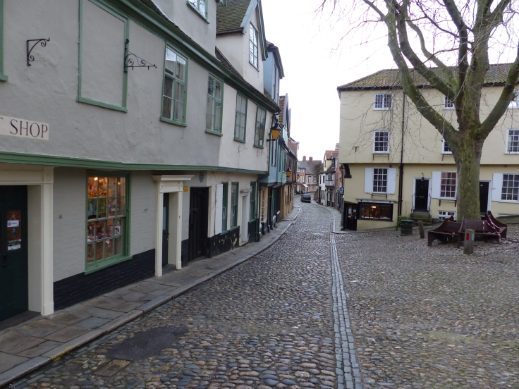 Strolling through Elm Hill