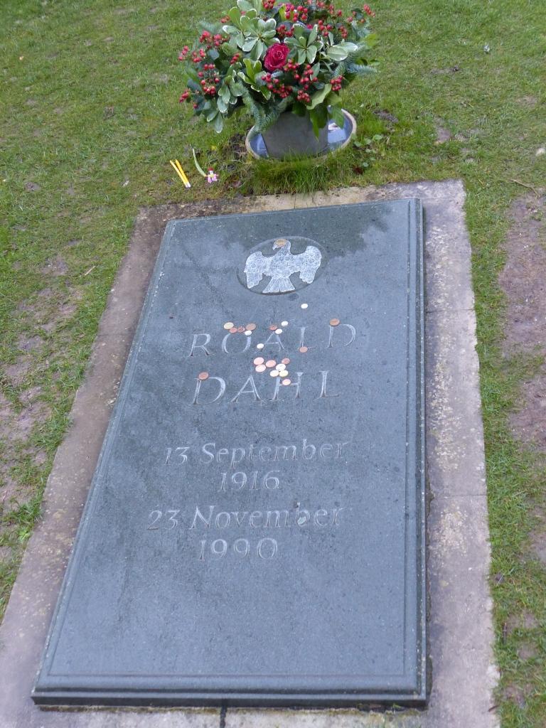Roald Dahl's headstone