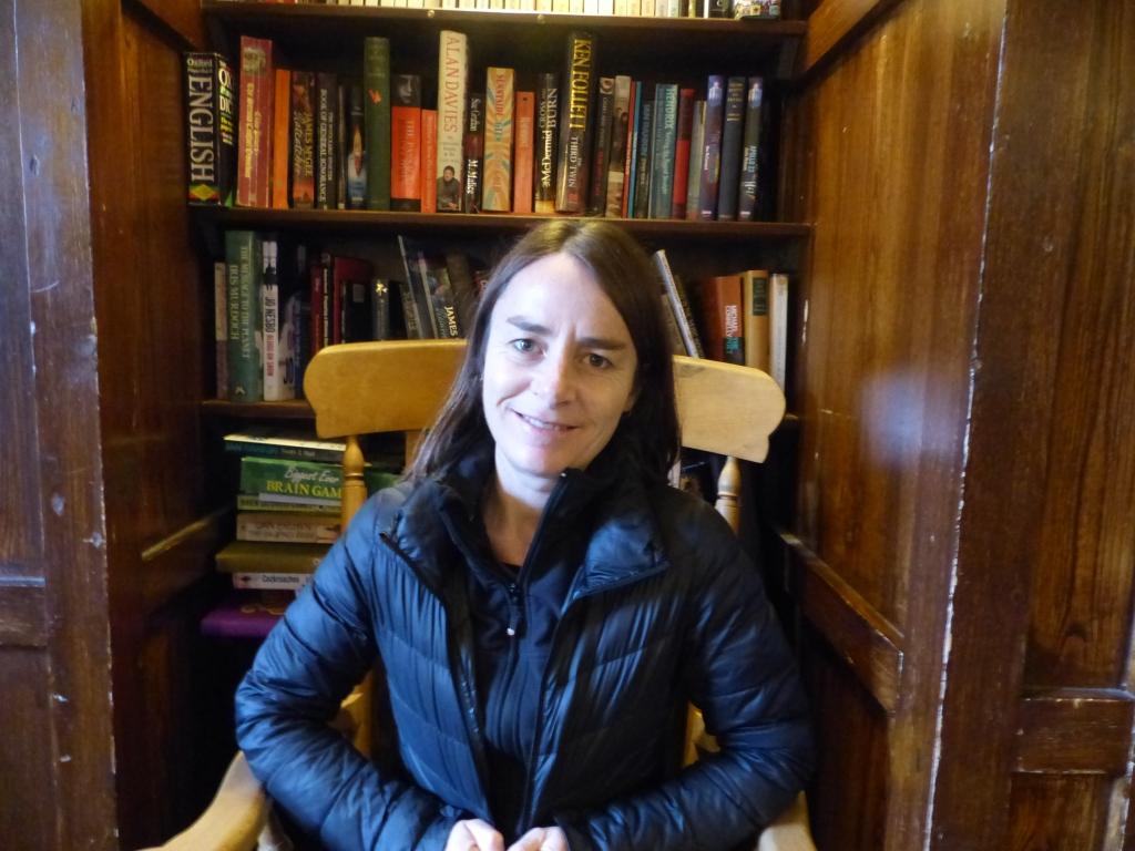 A pub with books! Brill!